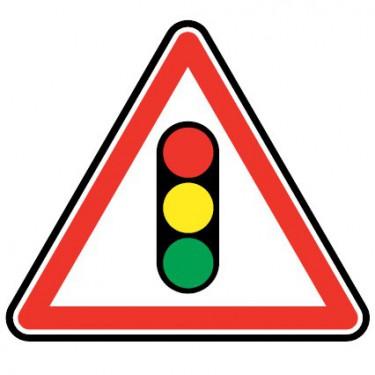 Panneau routier - A17  annonce de feux tricolores