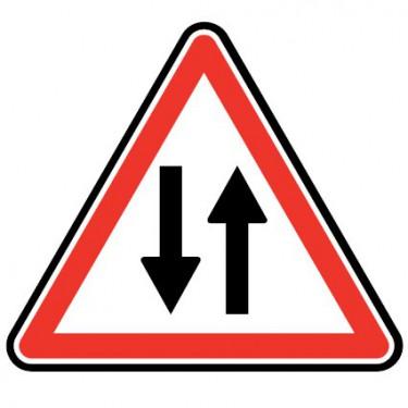 Panneau routier - A18  circulation dans les deux sens