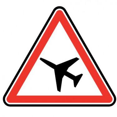 Panneau routier - type A Danger - A23  traverséé d'une aire de danger aérien - Signalétique Express