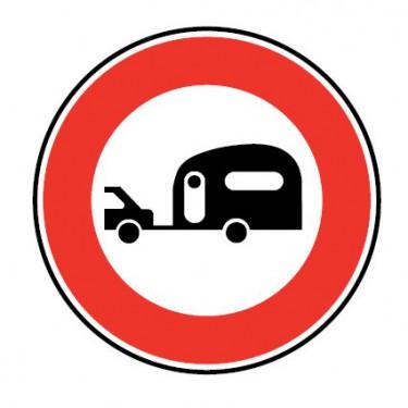 Panneau routier-type B interdiction  - B9i accès interdit aux véhicules tractant une caravane ou une remorque de plus de 250 kg