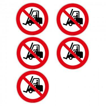 Autocollants Interdit aux chariots élévateurs à fourche ISO 7010 P006 - Lot de 5
